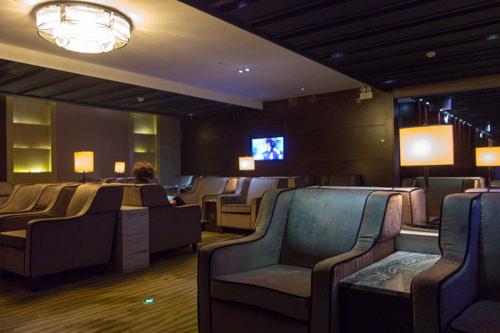 Guangzhou baiyun airport lounges 01