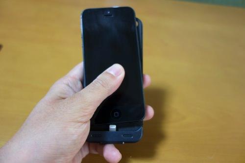 Anker mobile battery case 04