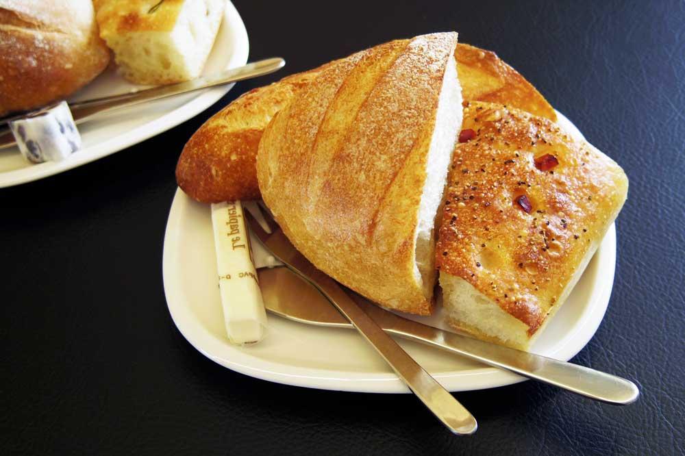 ラスティコ2号店バター2種類