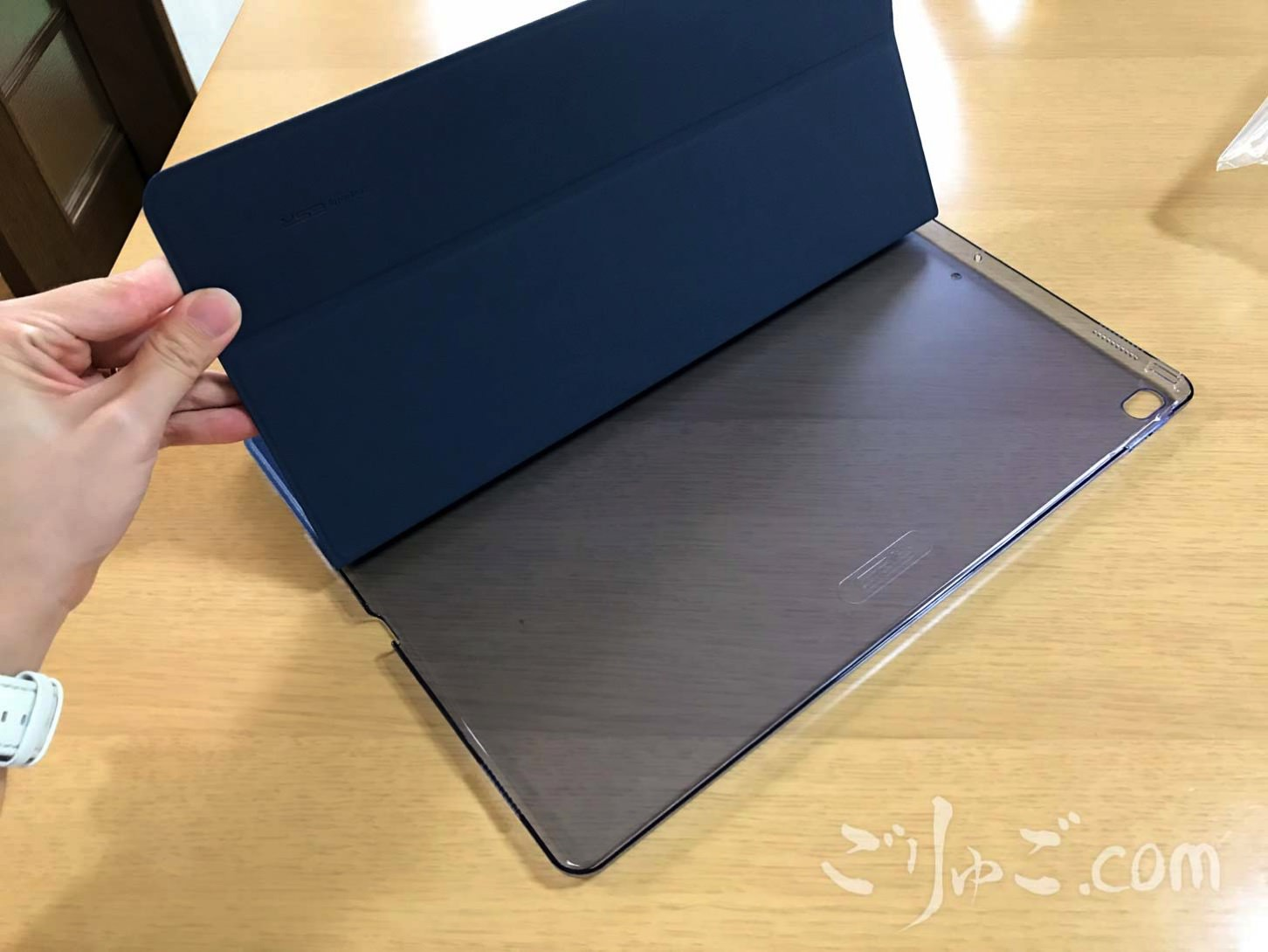 ESR iPadケース 8